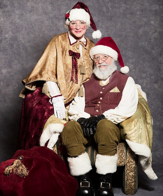 Edmonton Santa and Mrs Clause